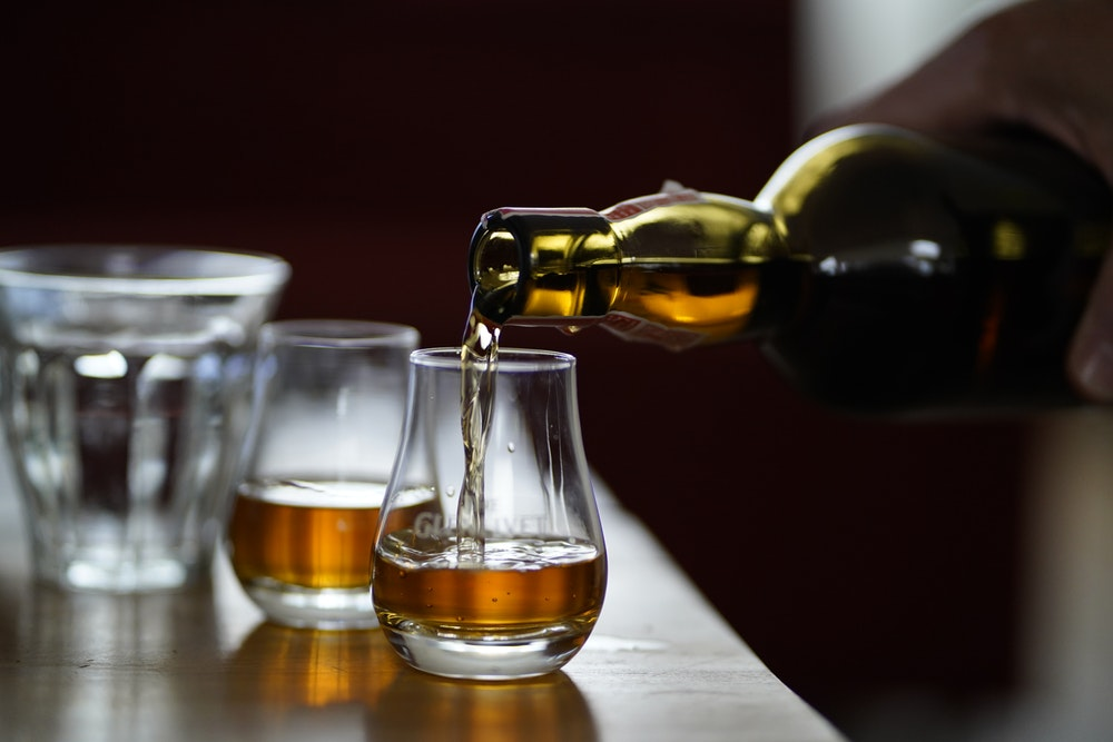 चिंता किए बिना थोड़ी बहुत शराब पी सकते हैं ह्रदय रोगों का खतरा नहीं : शोध