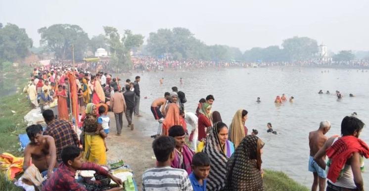 Markand-Mela-bidhuna-Alone-Indians